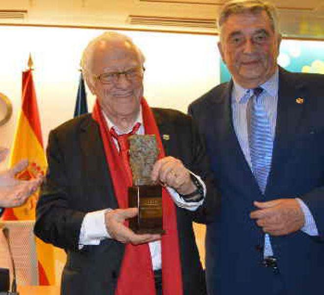 premio-PadreAngelCEOMA