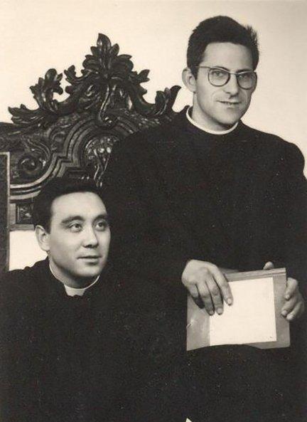 Ángel Silva y Ángel García, recién ordenados sacerdotes